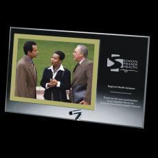 Picture Frames - Delaware Frame - Gold Horizontal